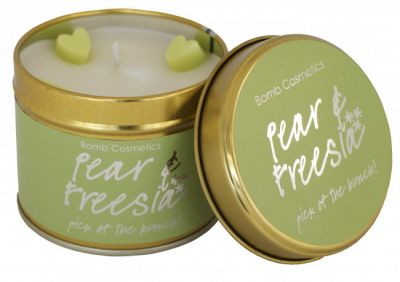 Bomb Cosmetics Pear & Freesia Tinned Handmade Candle 1τμχ 243g