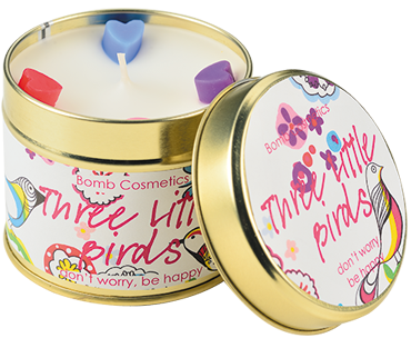 Bomb Cosmetics Three Little Birds Handmade Candle 1τμχ 243g